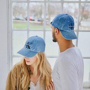 Urban Outfitters Accessories - Calvin Klein  5ab41da45bb
